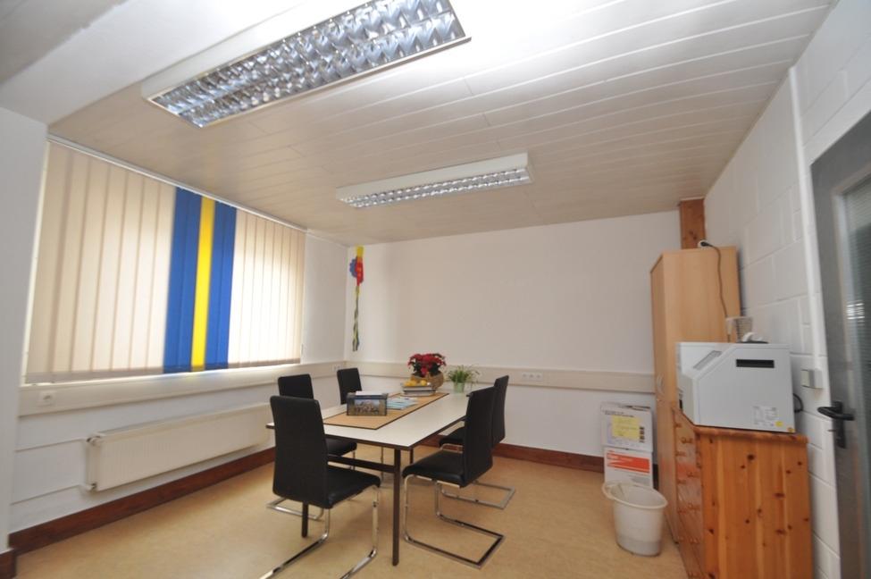 Büro Akra Handel-5