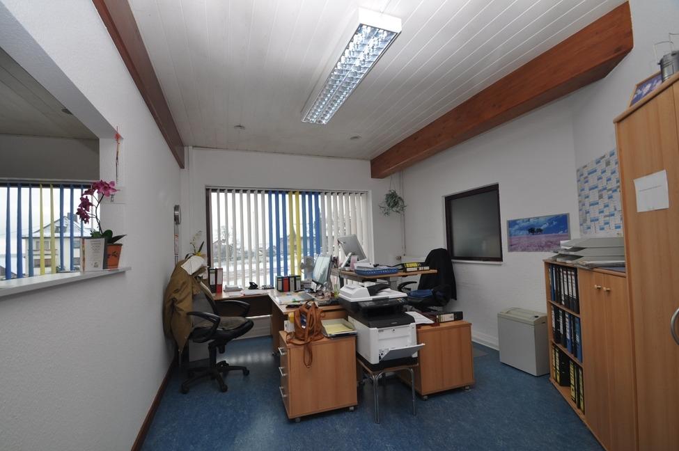 Büro Akra Handel-2