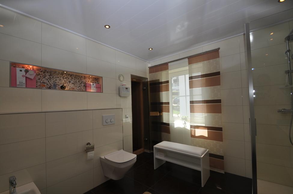 Tageslicht Duschbad-HP