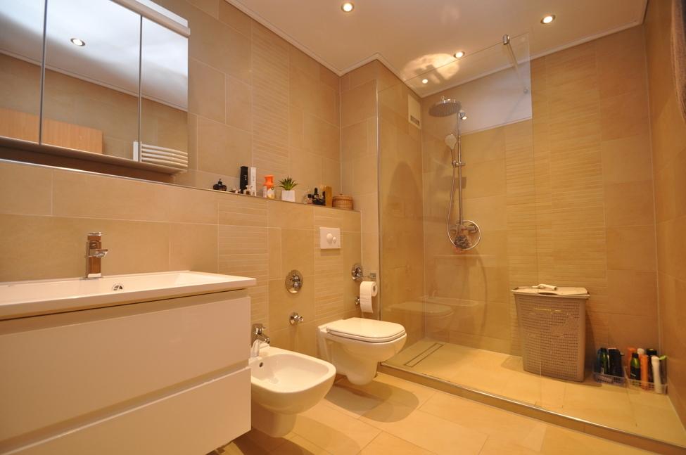 Luxus-Duschbad
