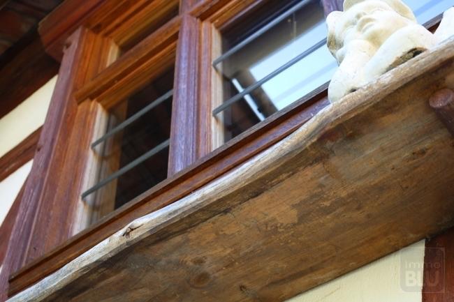 urige Holzfenster