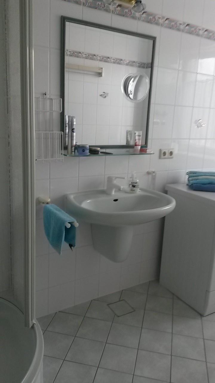 Bad 2 Waschbecken
