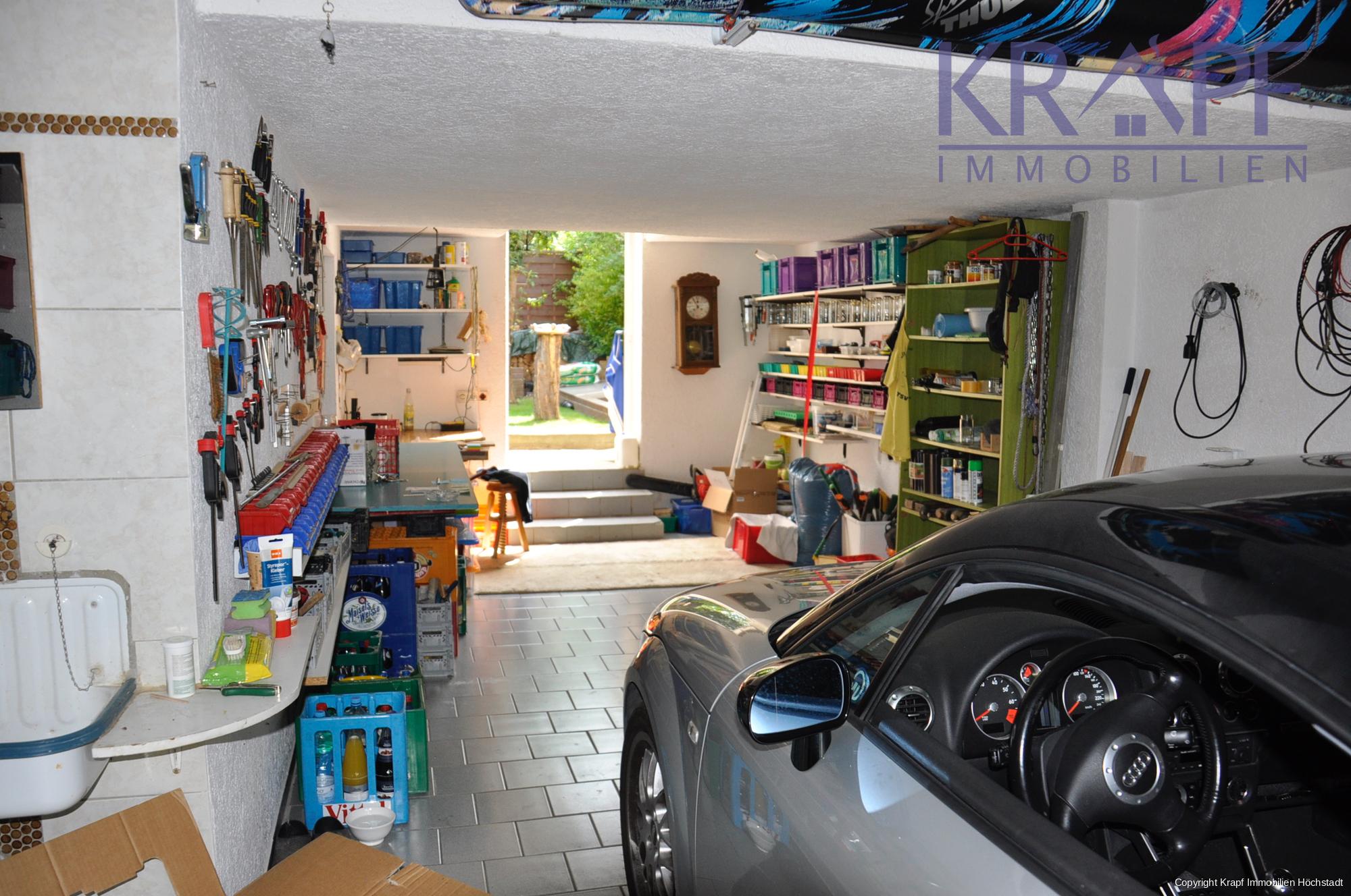 Garage mit Werkstatt