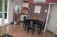 Wohnraum mit offener Küche