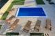 Liegefläche um den Pool