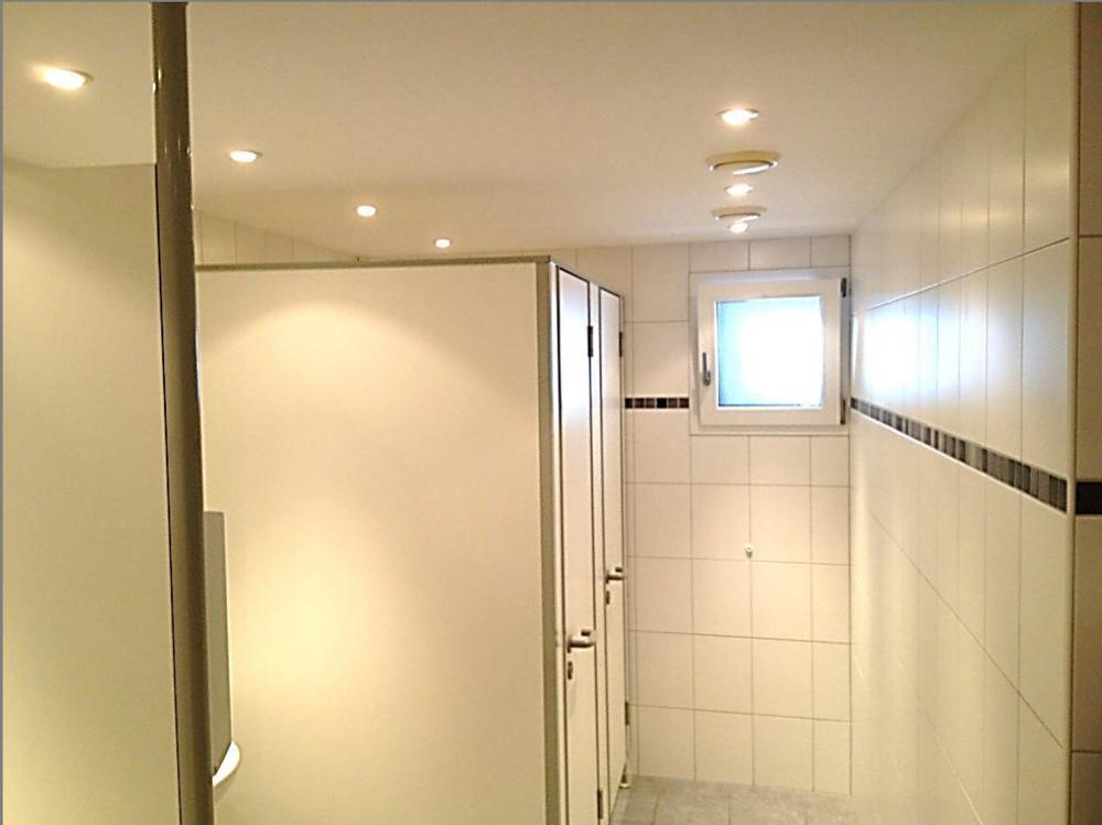Toilettenanlage II