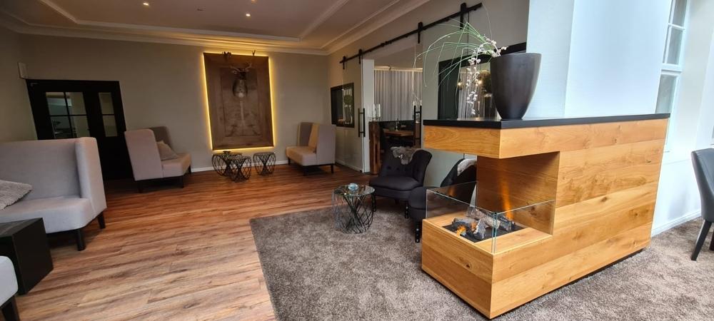 Lounge III
