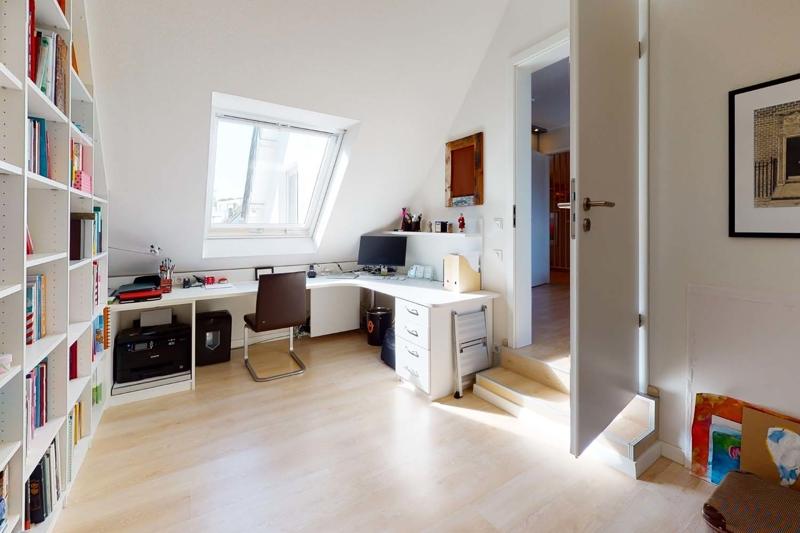 Büro beim Schlafzimmer