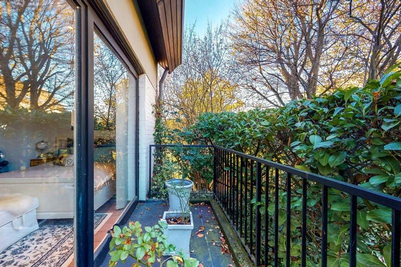 Balkon vor dem Schlafzimmer
