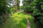 Gartenblick zum Haus