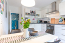 1. OG - Küche mit Zugang zur Loggia