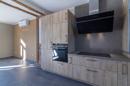 Die hier inserierte Musterküche dient zur Inspiration und zeigt, was alles aus dieser schönen Ecke des Wohnbereiches rausgeholt werden kann.