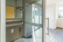 Mit diesem gläsernem Aufzug gelangen Sie überall hin. Und zwar maximal komfortabel!