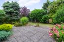 Garten: Hübsch eingewachsen, bunt und satt grün: dieses hübsche Kleinod ist der perfekte Rahmen für Ihre nächste Gartenparty.