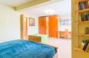 Wir nennen das kein Zimmer, sondern ein Schlafparadies! Ihr Schlafzimmer hält mit knapp 25 Quadratmetern Platz satt für Ihre Träume parat.