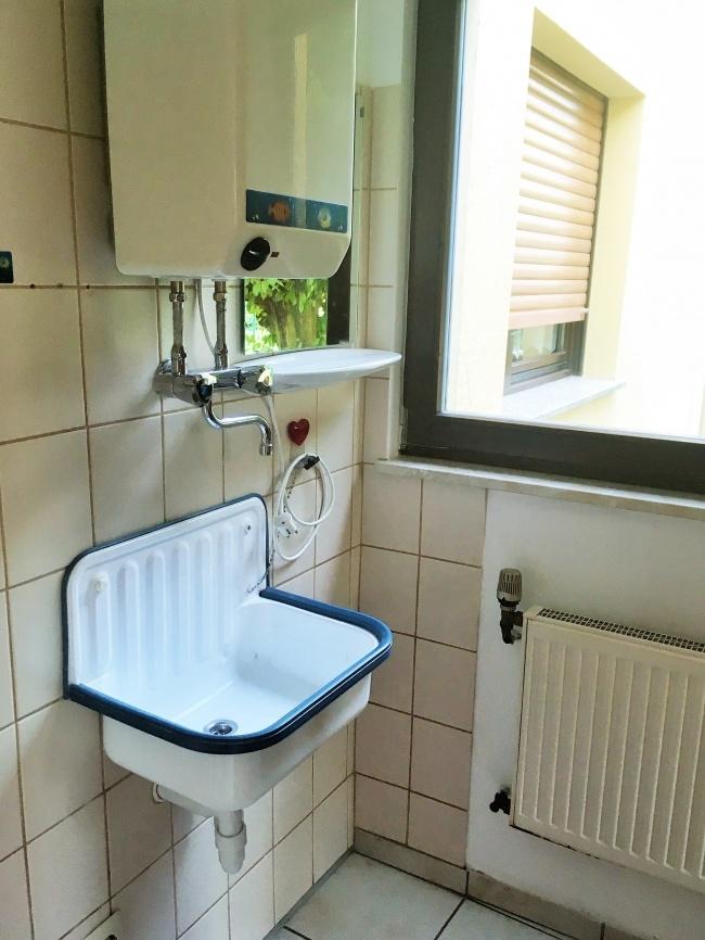 EG-Toilettenvorraum