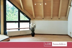 Küche Wohnzimmer  mit neu verlegtem Laminat