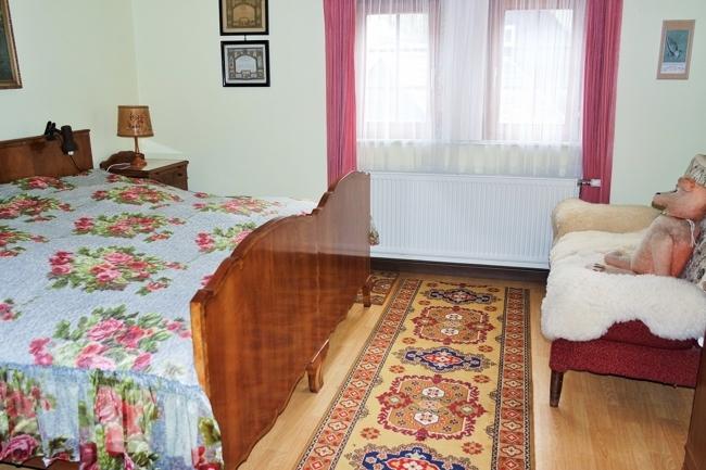 OG-Schlafzimmer 1