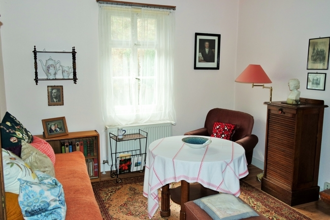 OG- kleine Wohnung, Wohnzimmer