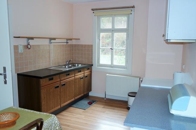 OG-kleine Wohnung, Küche