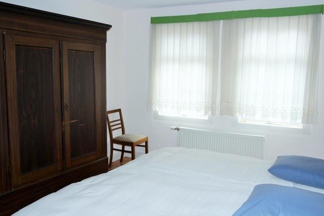 OG-kleine Wohnung, Schlafzimmer 3, Bild 1