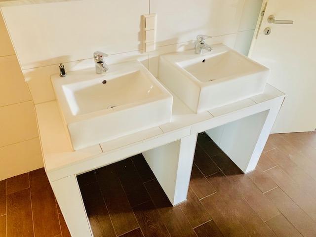 Waschbecken Teilansicht 2
