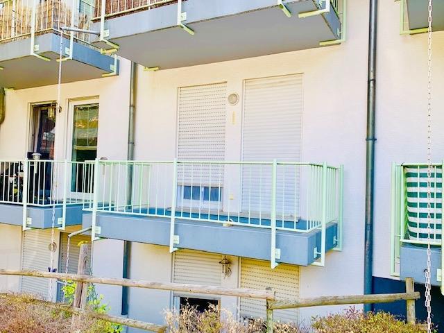 Balkon von Wohnzimmer begehbar