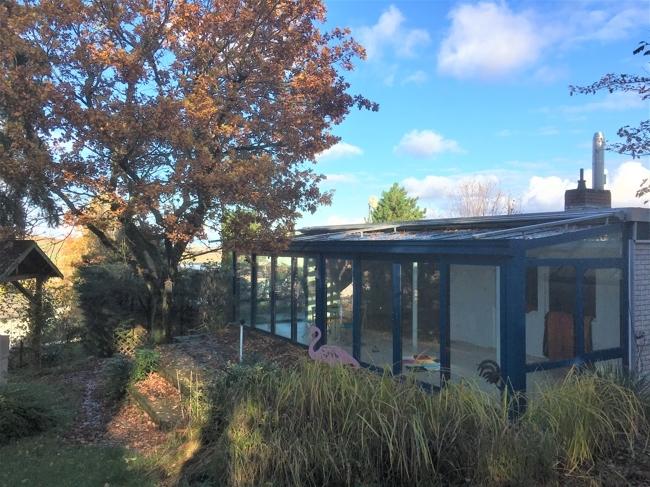 Bungalow von der Gartenseite