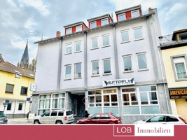 LOB. Frontansicht Gebäude