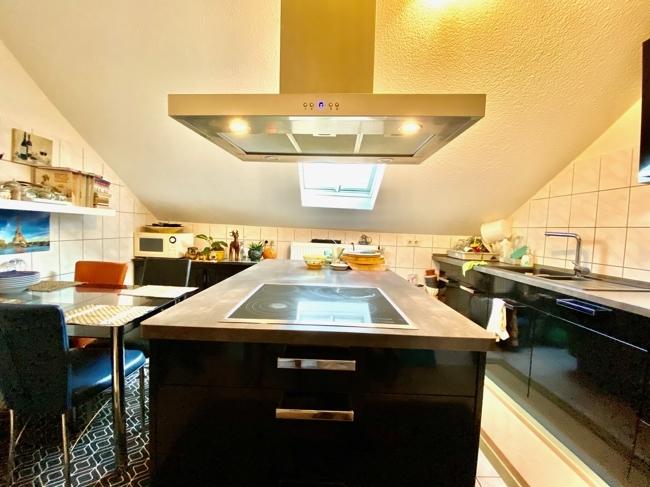 Whg. DG. Küche