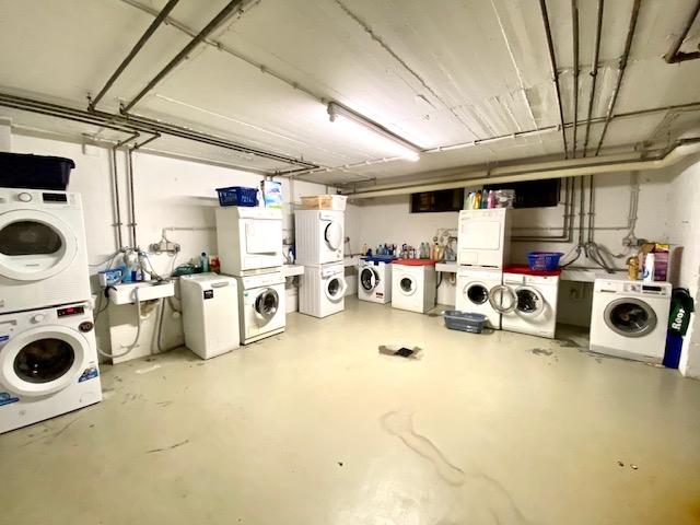 gemeinschaftliche Waschküche
