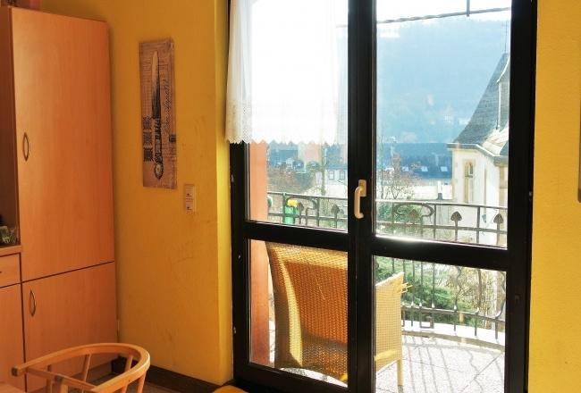 Küche mit Balkon, EG
