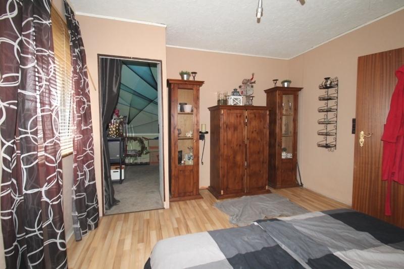 Schlafzimmer Dachgeschoss Bild 3