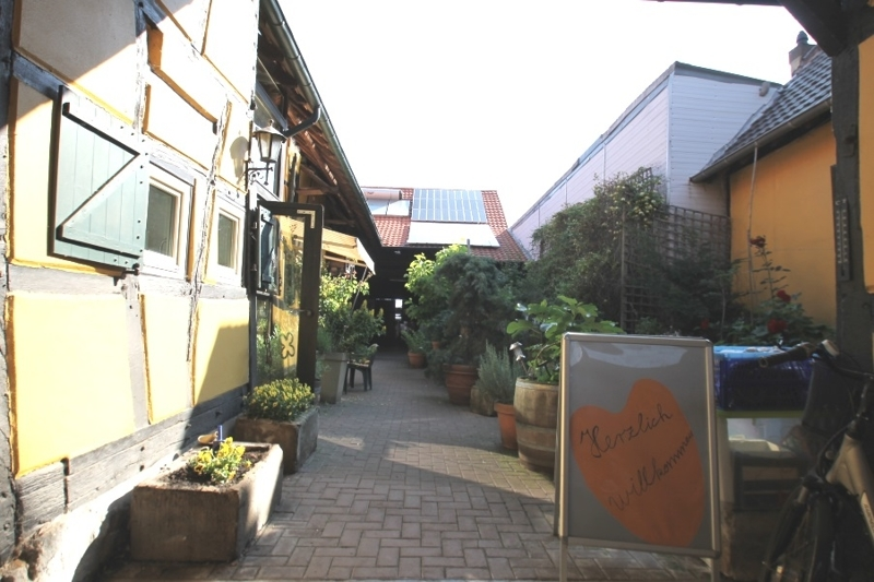 Zugang Innenhof