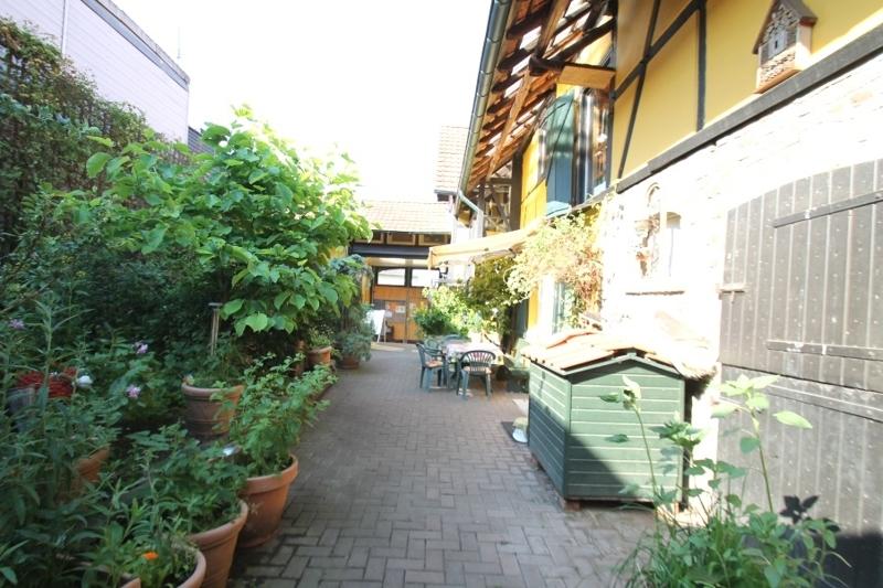 Innenhof (andere Perspektive)