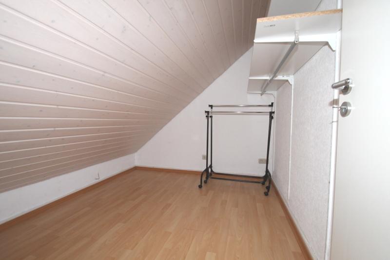 Abstellraum/begehbarer Kleiderschrank