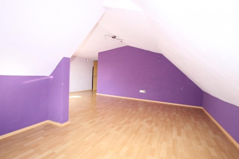 Viertes Schlafzimmer Bild 4