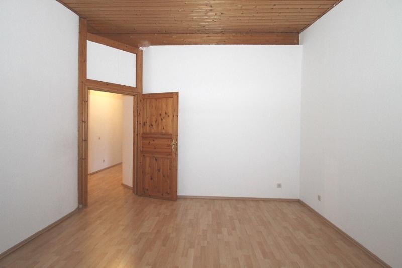 Zweites Schlafzimmer Bild 2