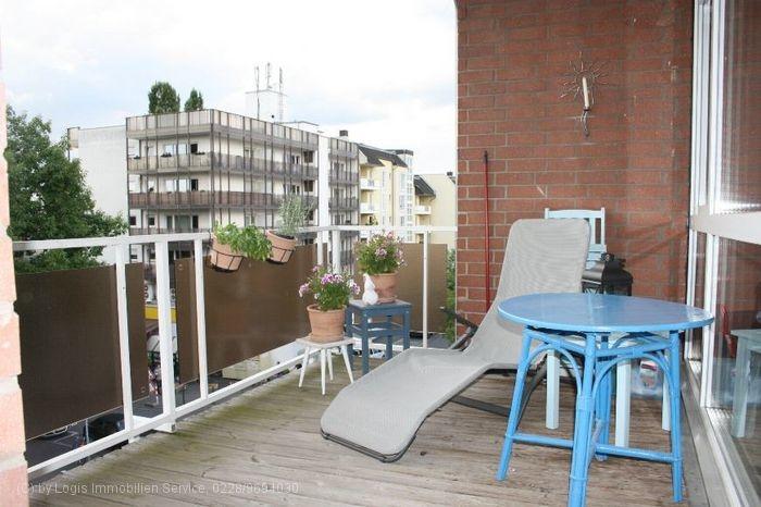 Erster Balkon
