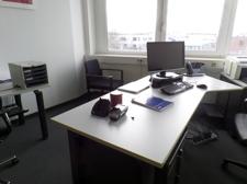Büro Möbliert