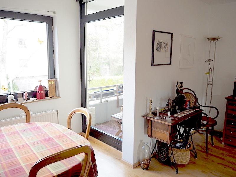 Zugang Balkon vom Wohnzimmer aus