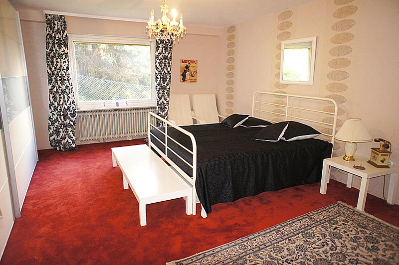 Schlafzimmer im Untergeschoss