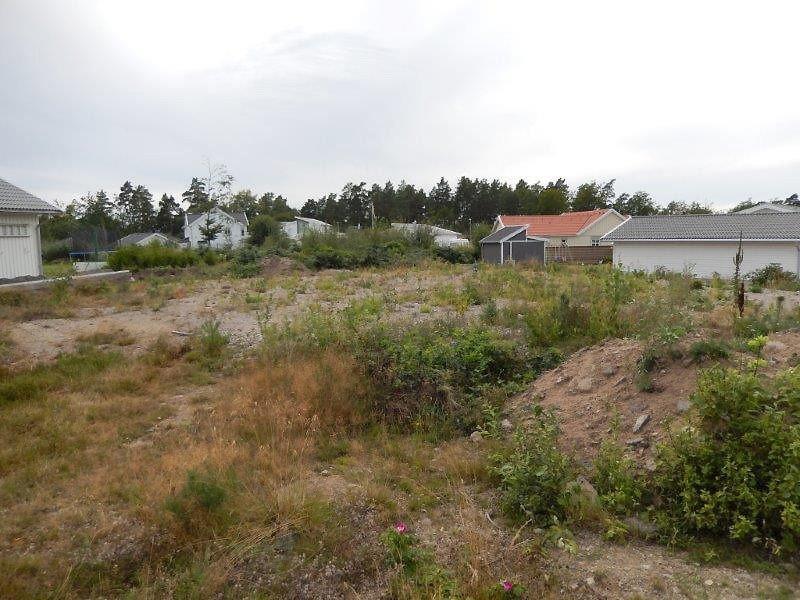 Grundstück.png