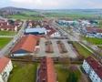 Starke Nachbarschaft (Edeka, dm, Deichmann, BayWa)