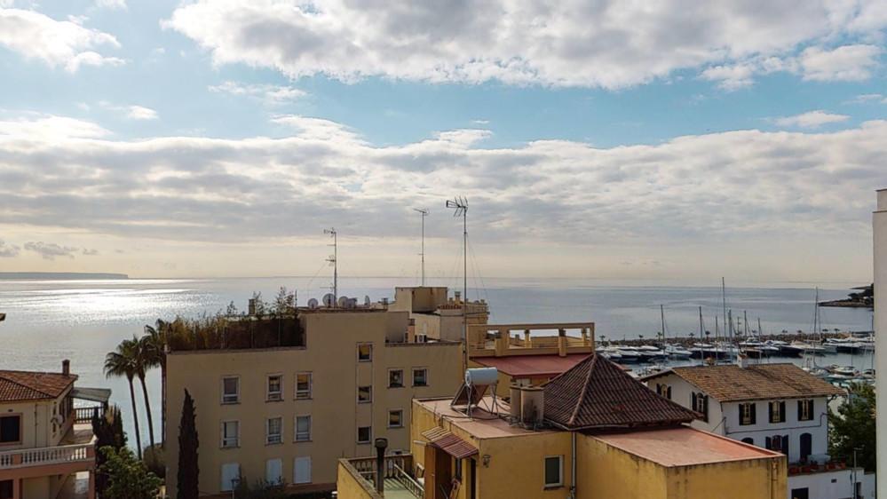 San-Agustin-Penthouse-Sea-Port-View
