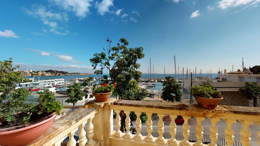 Historical-Villa-San-Agustin-Port