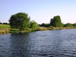 Bauland mit Wasserzugang