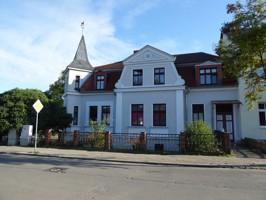 1 repräsentatives Wohnen bei Neubrandenburg