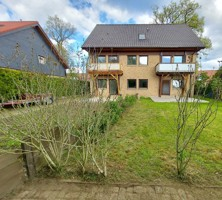 Doppelhaushälfte in Strelitz-Alt