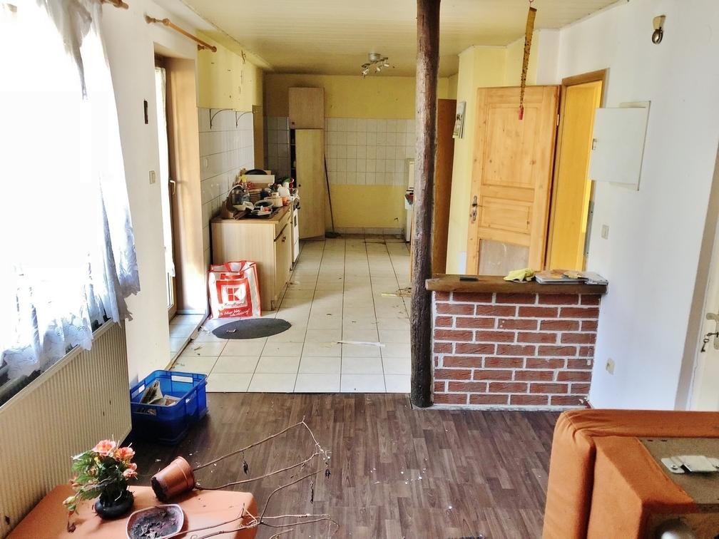 Wohnen und Küche im EG